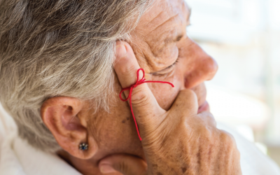 30 Warning Signs and Symptoms of Alzheimer's